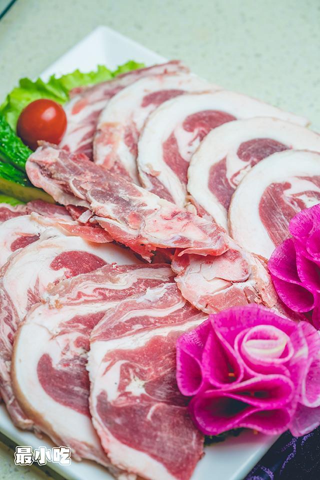 下雪天就想吃铜锅涮羊肉,平顶山这家大草原生态羊,陪你来过冬!插图11