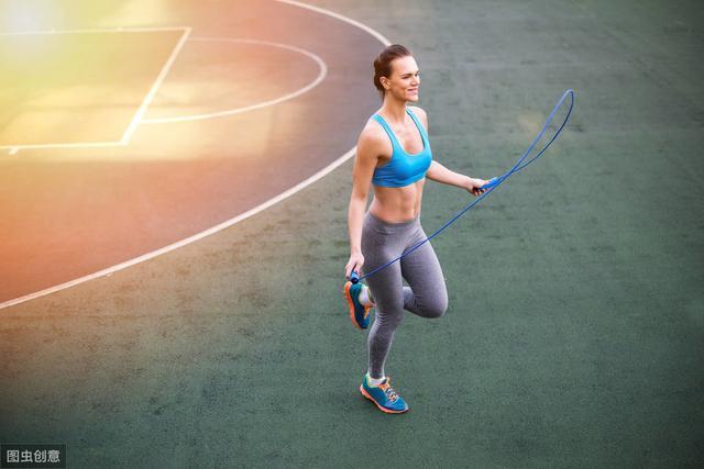 每天跳绳20分钟,坚持30天后,身体会有哪些变化呢?