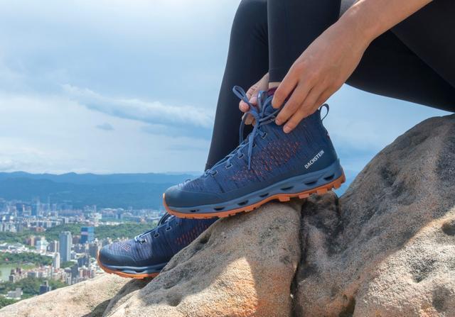 新手推薦DACHSTEIN(達赫斯坦)登山鞋,就連平日出門也能穿