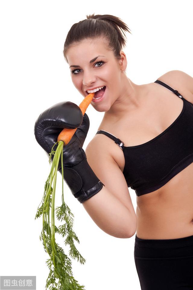 6个居家暴汗燃脂动作,每天30分钟,2个月让你暴瘦15斤