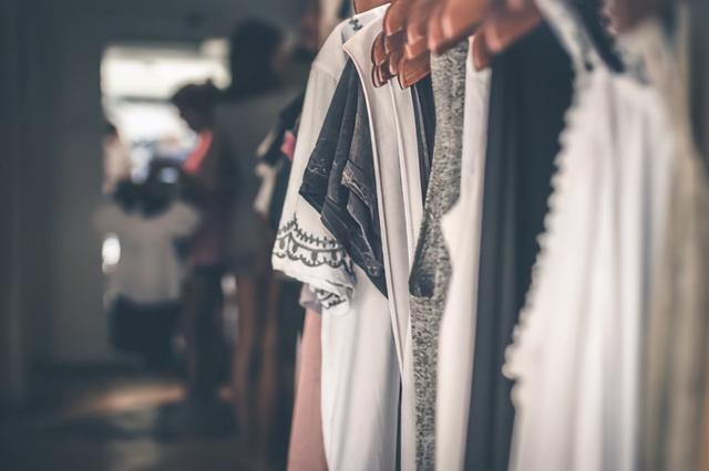 款多量少成服装业常态,服装加工厂要如何应对