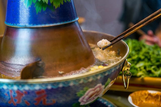平顶山这家店,超接地气撸串+称霸京城500年的景泰蓝铜锅涮羊肉!插图21