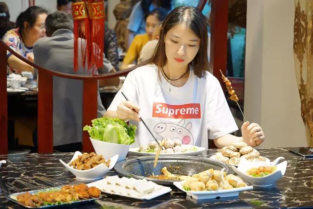 """平顶山这家火锅店,藏了一条广东的""""桑拿鱼"""",90%的工资它而来插图34"""