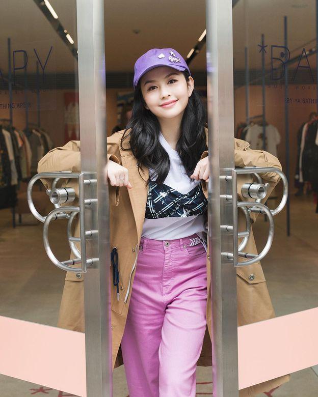 邱淑贞女儿沈月登上大刊封面,18岁星二代的时装进化之路-第16张