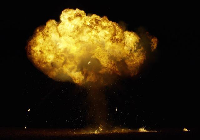 射程1万公里导弹失火,140名专家不幸遇难,苏总师死里逃生-第1张