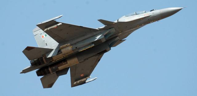 印度军队穷兵黩武,拉克达边境部署三款导弹,专家:吓唬不了中国-第3张