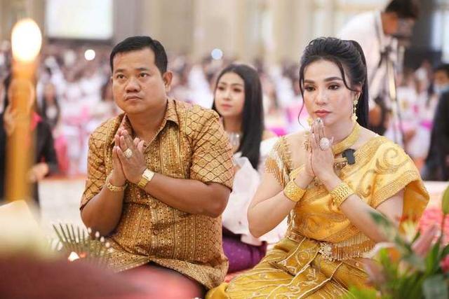 柬埔寨富婆对千人发誓:如果我欺诈,所有财富瞬间消失-今日股票_股票分析_股票吧