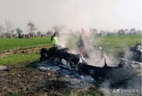 巴战机印巴边境坠毁,巴基斯坦怎么了,今年已五起坠机事故-第1张