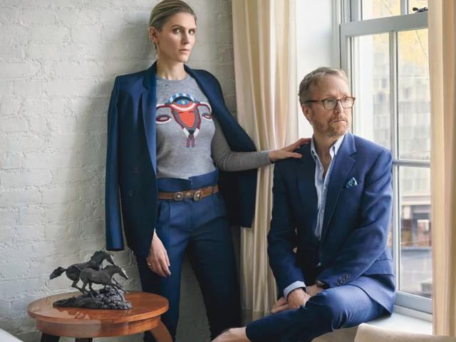 从身无分文到嫁入豪门,如今她被时装协会评为美国年度女装设计师-第4张