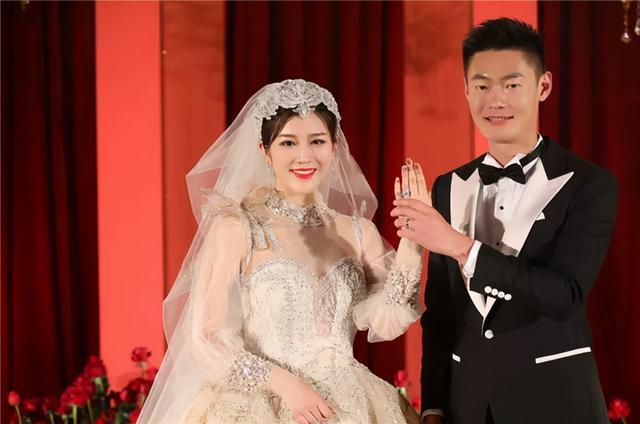 中国飞人家暴+偷腥!还在清华任职,妻子爆其丑闻在网上通报校方 全球新闻风头榜 第1张