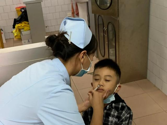 我市首批鼻喷流感疫苗来了!不注射、结果比一般流感疫苗更好、320元一支、3岁到17岁人群可接种插图5