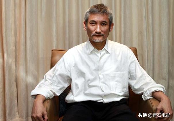 香港串烧片也来了,集结洪金宝徐克杜琪峰等7人,每人讲一个年代-第19张