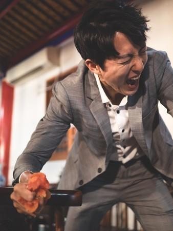 """邱昊奇试镜50次没人要 痛揭片场被摔剧本""""空有外表"""""""