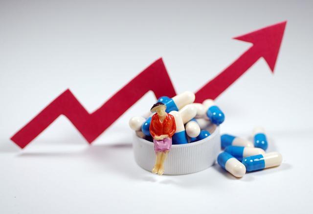 医药股票疯涨,医药股5天201次涨停,市值飙升四千亿,谁在蹭热点?