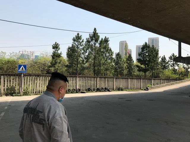 复工进行时   杭州驾校陆续复工,学员学车有变化吗?且看小时新闻现场探访插图(2)