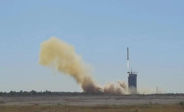 一箭三星成功!长二丁火箭2020年连续7次成功发射www.smxdc.net
