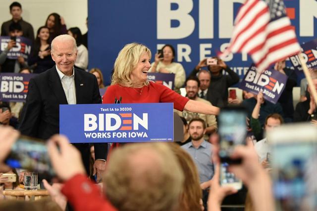 拜登在一些原本支持共和党的州获得领先优势