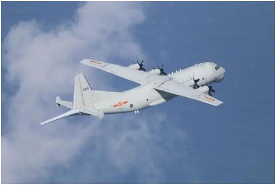 绿媒称解放军军机今天中午现身台湾西南空域,本月已连续4天