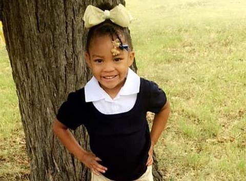 """美国5岁女孩确诊新冠后医生说""""会自愈""""回家不到一天后死亡"""