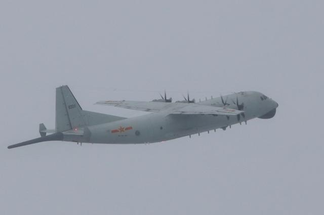 本月第十次,绿媒称解放军军机今早近6时进入台湾西南空域