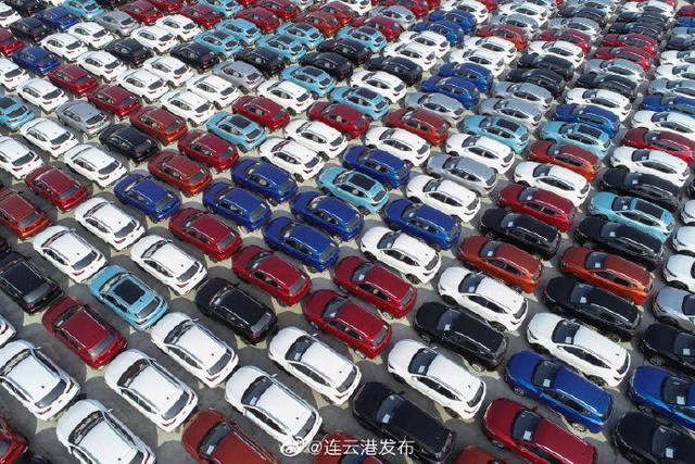 连续10个月保持高位增长!车辆出口运输忙