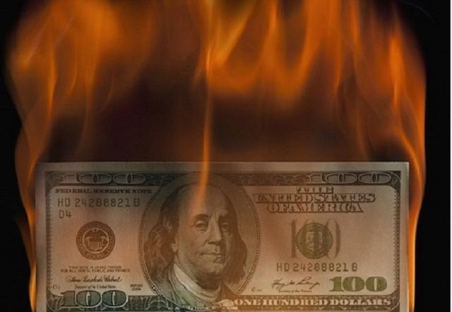 """基辛格:美国若倒下谁也别好过,欧洲祭出""""王牌"""",美元正被削弱"""