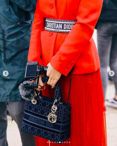 LV少奶婚后首秀Dior巴黎春夏,孟美岐云上看秀穿出一身清流-第15张