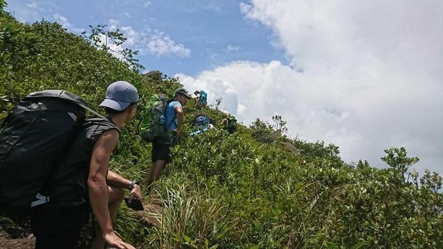 登山要帶多少水上山?了解诺亚彩票下载wx17 com爬山喝水的注意事項