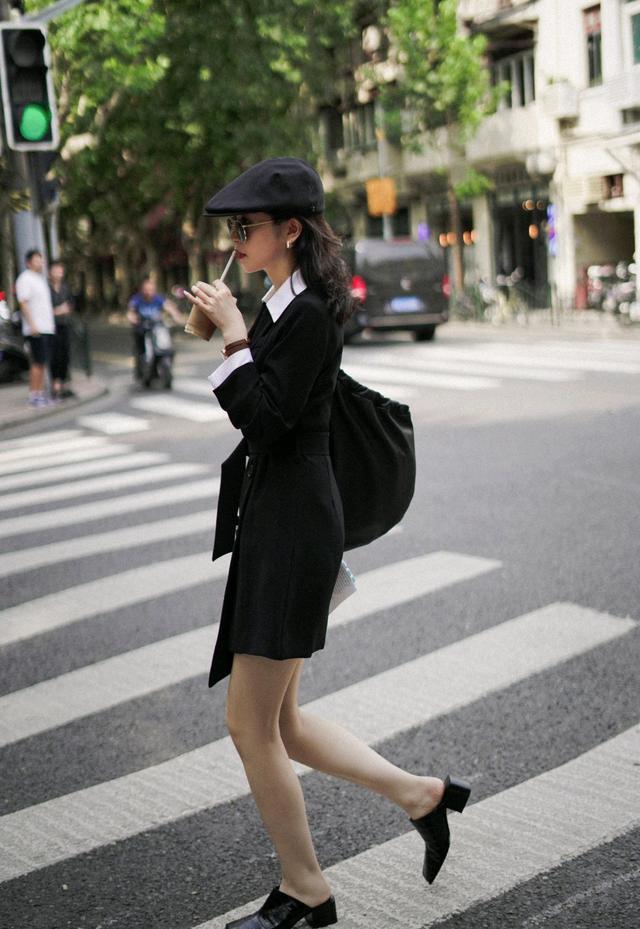 初秋怎么穿才精致?黑色西装裙配白色衬衫,干练又不乏时尚感-第5张
