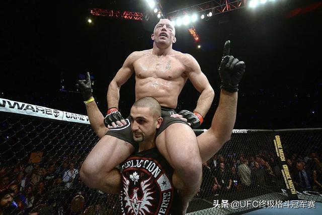 天神肉体:UFC的十大筋肉人-第1张