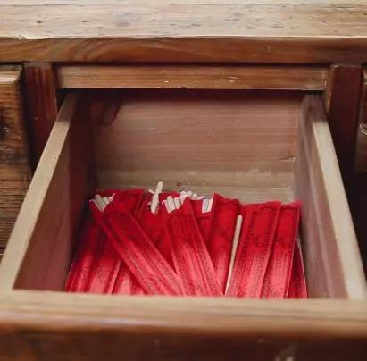 一次性筷子,用完就扔不环保,8个DIY超有用插图