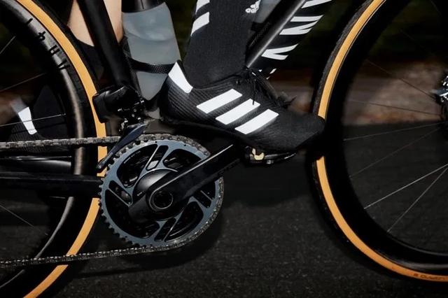 阔别15年,Adidas阿迪达斯12月推出全新公路骑行鞋