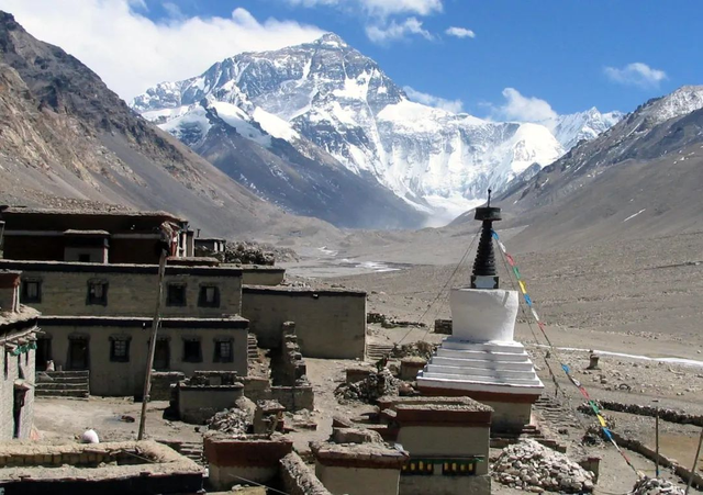 13岁登珠峰的少年和24次登珠峰的大叔,7个有关珠峰的事实