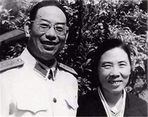 陆弃│装甲兵之父许光达:几次让衔,却被评为最年轻的开国大将