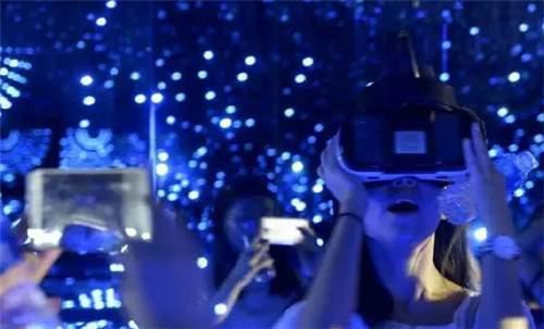 VR/AR+旅游 互动体验效果在哪?-去嗨皮云旅游