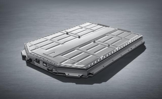 體驗實錘品質!30萬級的ARCFOX αT將彎道超車