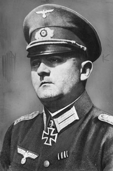 抗拒希特勒命令,保全浪漫巴黎的德国将军,当营长时为何被嘲笑