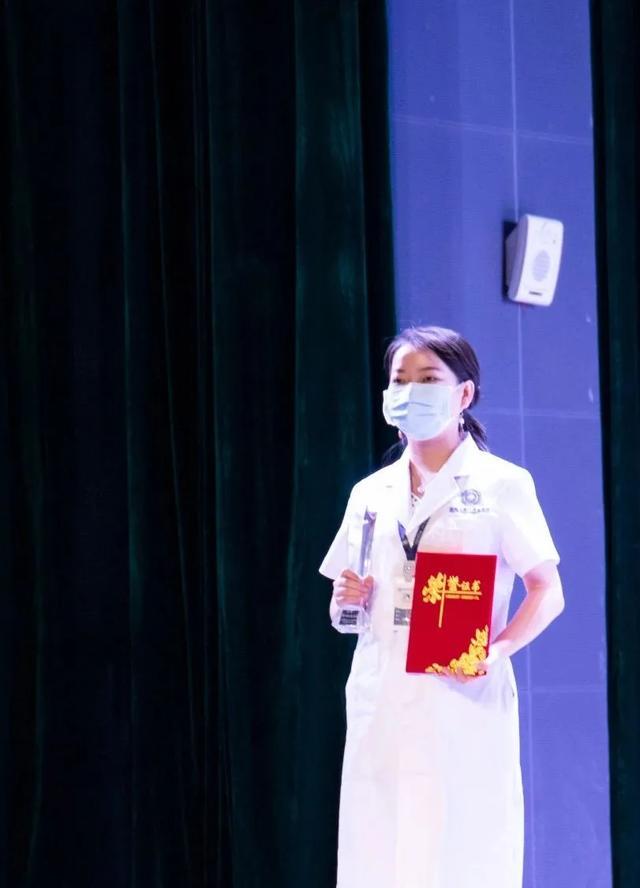 走进医师节 | 前海人寿广州总医院唐璐同志荣获「最美逆行者」称号