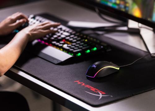 游戏鼠标中的C位 HyperX巨浪RGB游戏鼠标