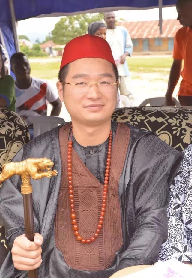 为什么中国人可以在非洲当上酋长 原因令中国人自豪