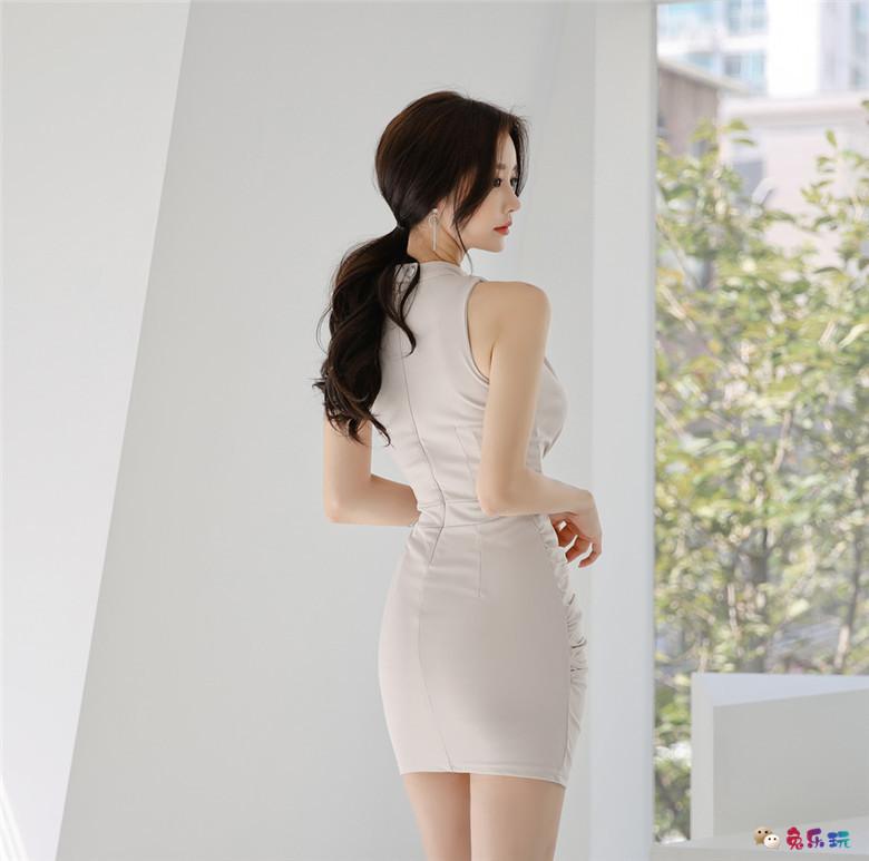 孙允珠:杏仁果酒优雅小资曼哈顿衣裙