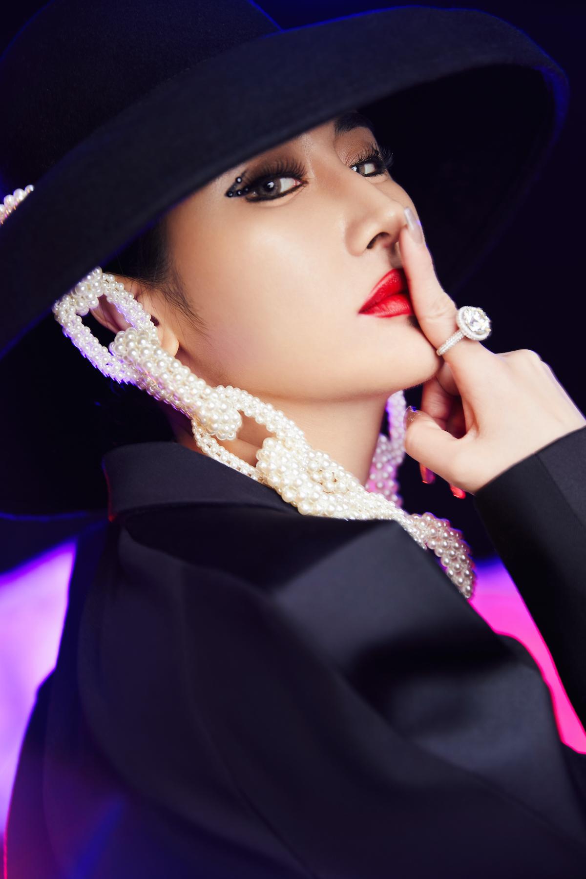 刘心艺单曲首发 金装姐姐携《精粹完美》破圈归来