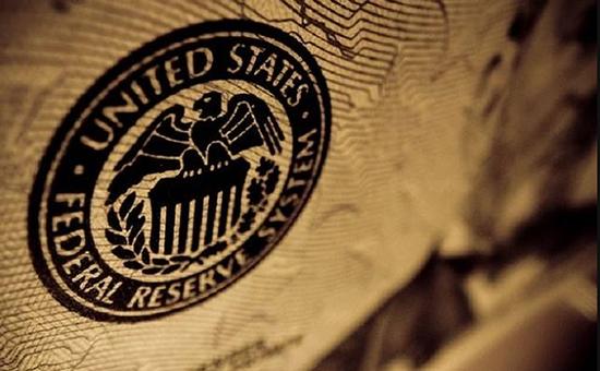美联储对经济持谨慎乐观态度。加息的可能性受到质疑。现货黄金价格为1785英镑。