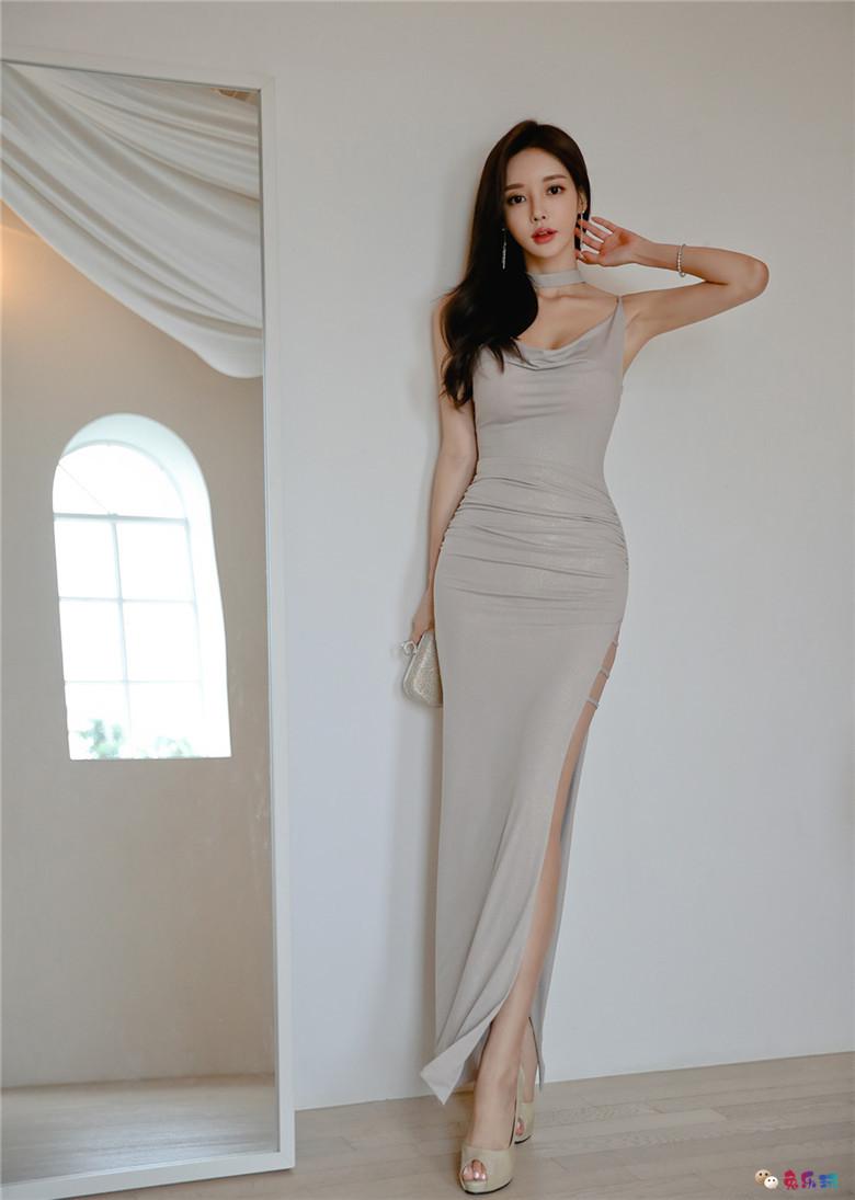 孙允珠丨娇美王妃紫金潘多拉泛光礼裙