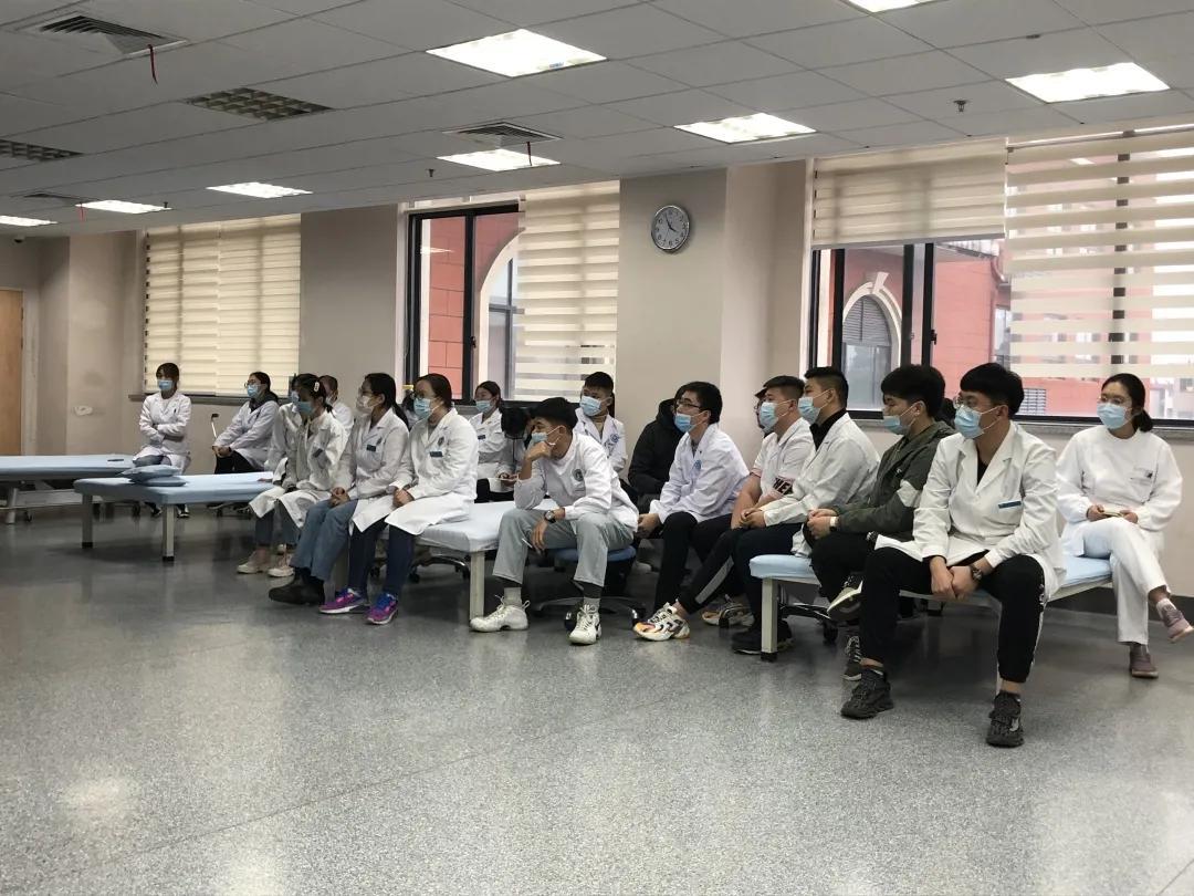 上海市第二康复医院开展心脏康复与二级预防讲课培训